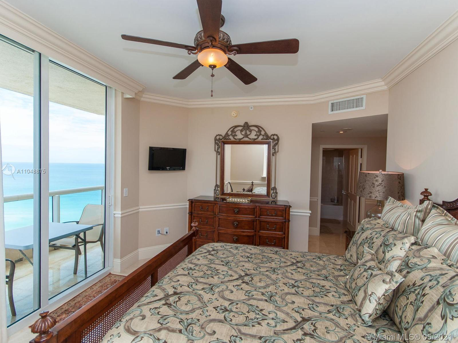17875 Collins Ave #2701 photo020