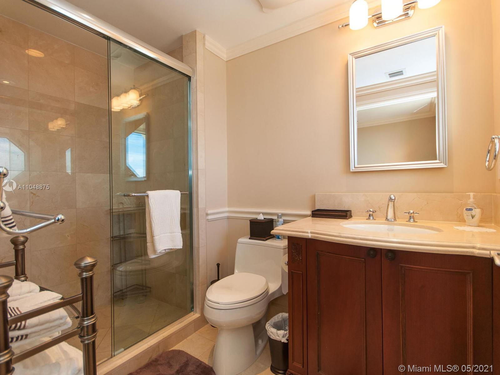 17875 Collins Ave #2701 photo025