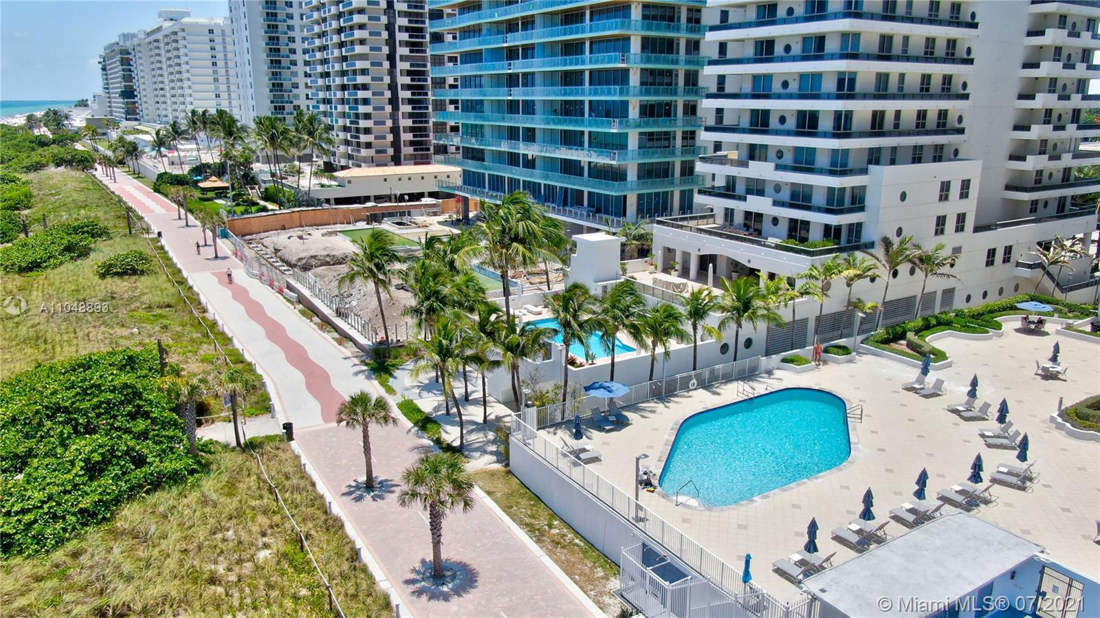 5825 Collins Ave #6A photo02