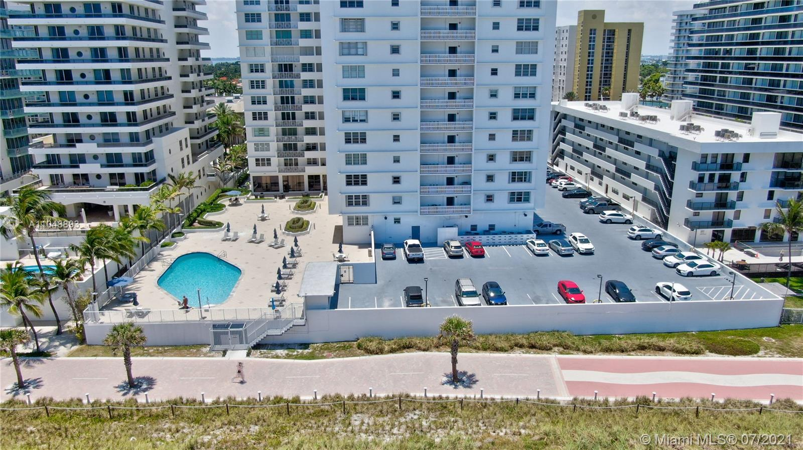 5825 Collins Ave #6A photo052