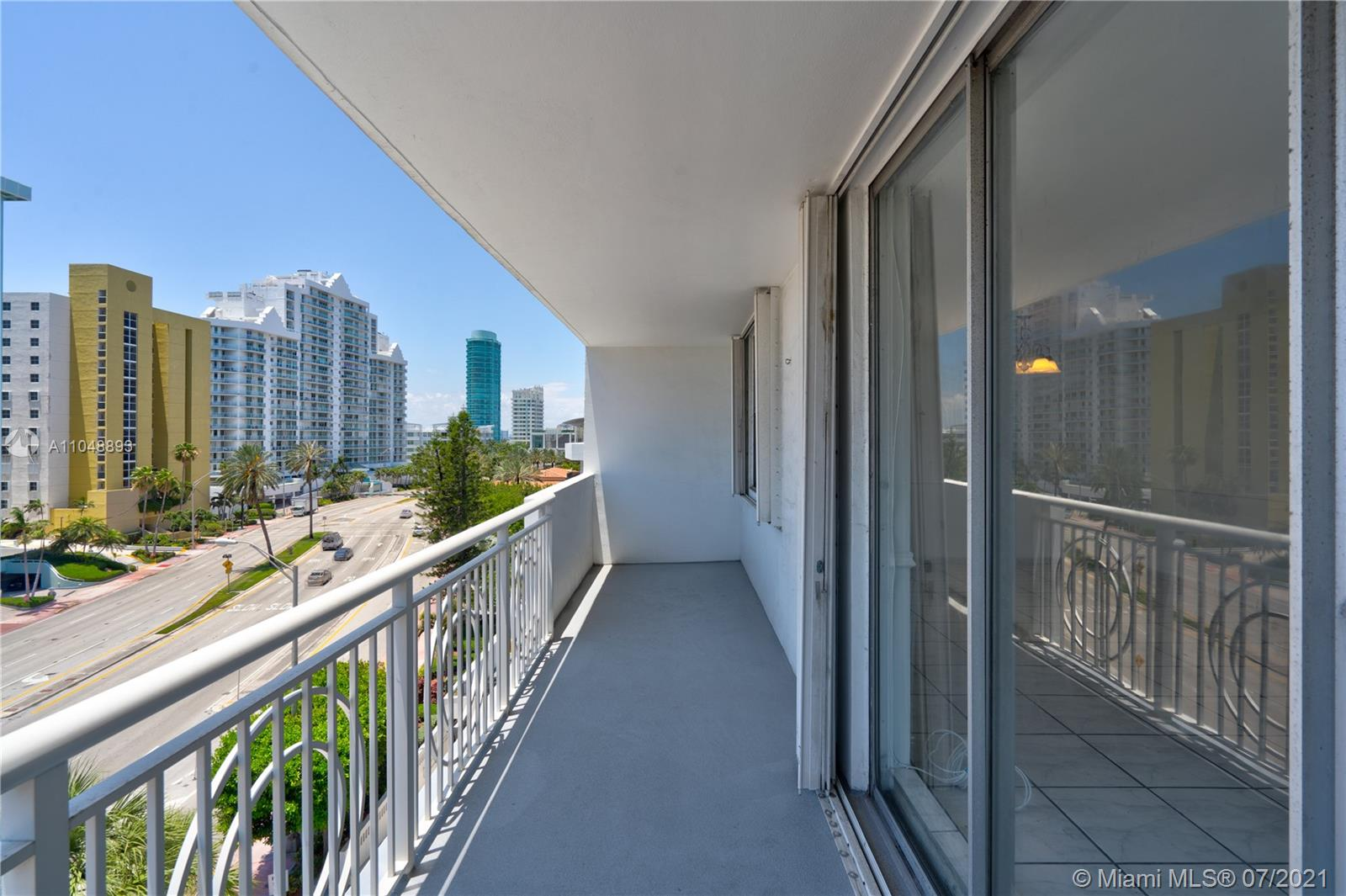 5825 Collins Ave #6A photo043