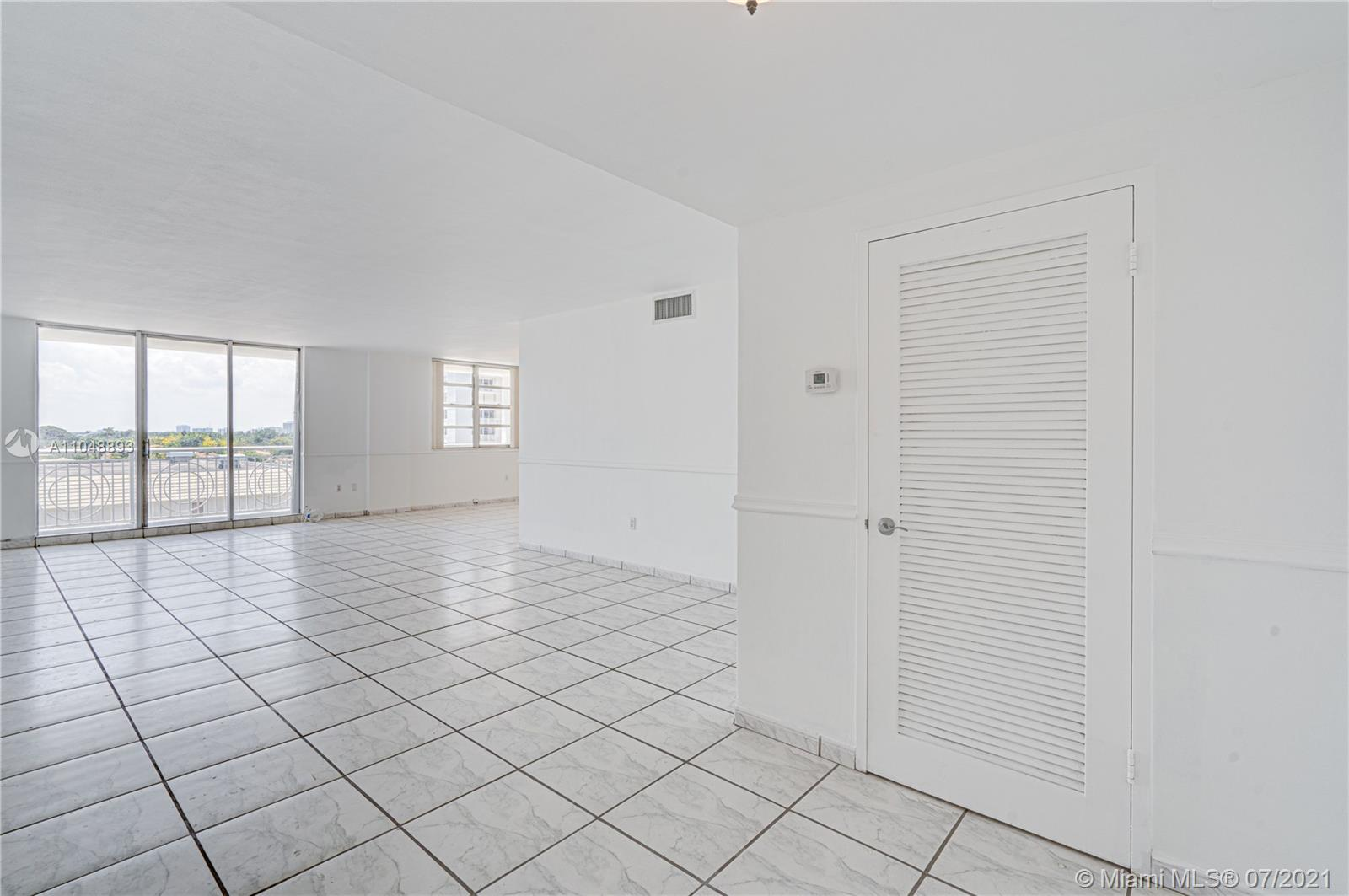 5825 Collins Ave #6A photo024