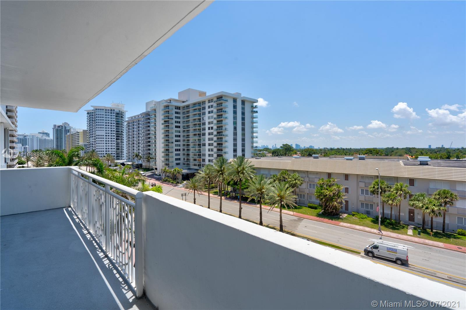 5825 Collins Ave #6A photo033