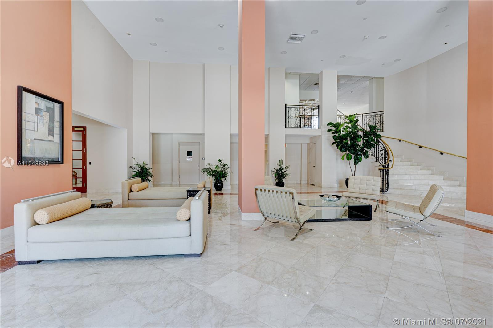 5825 Collins Ave #6A photo054