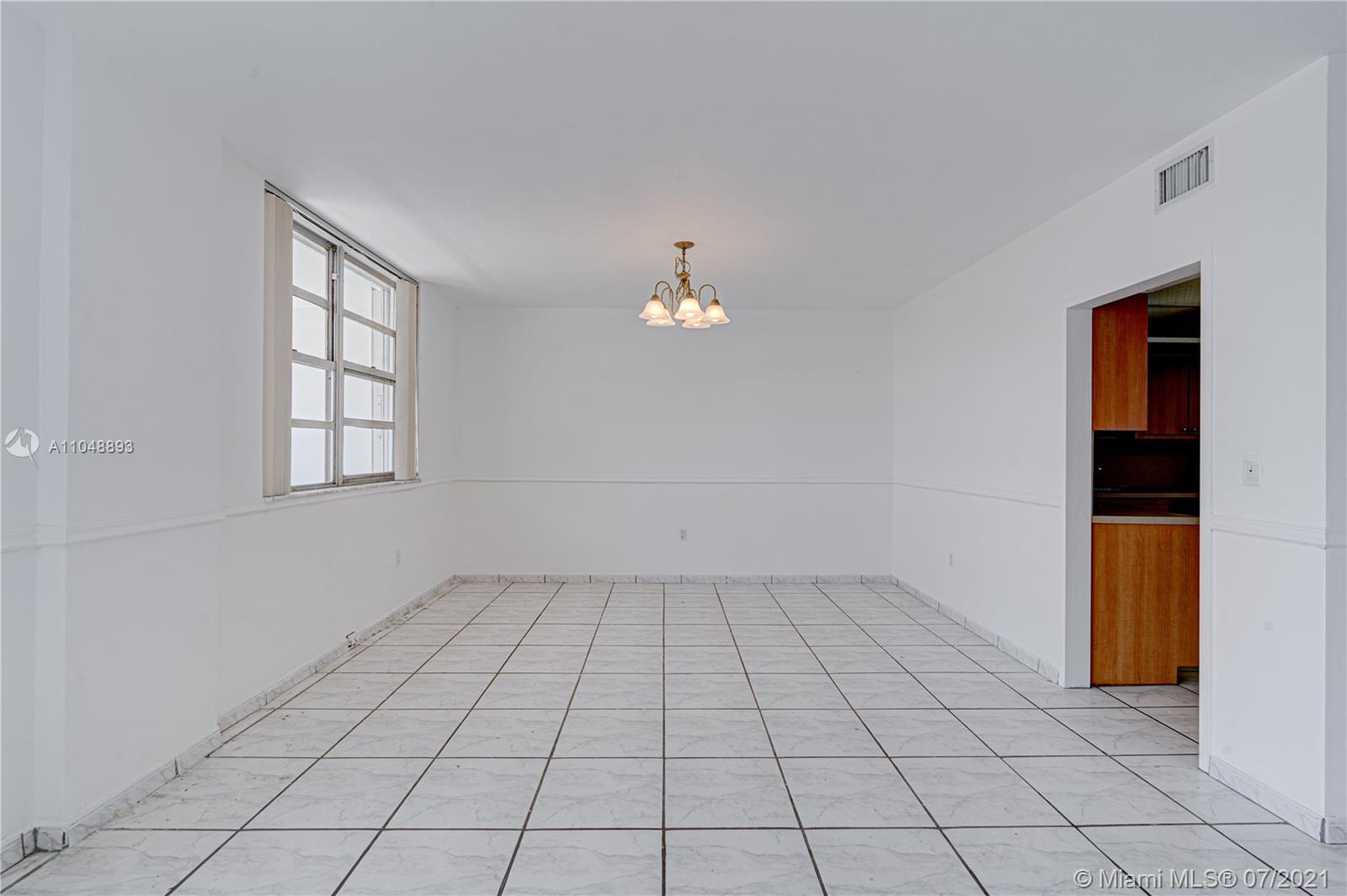 5825 Collins Ave #6A photo058