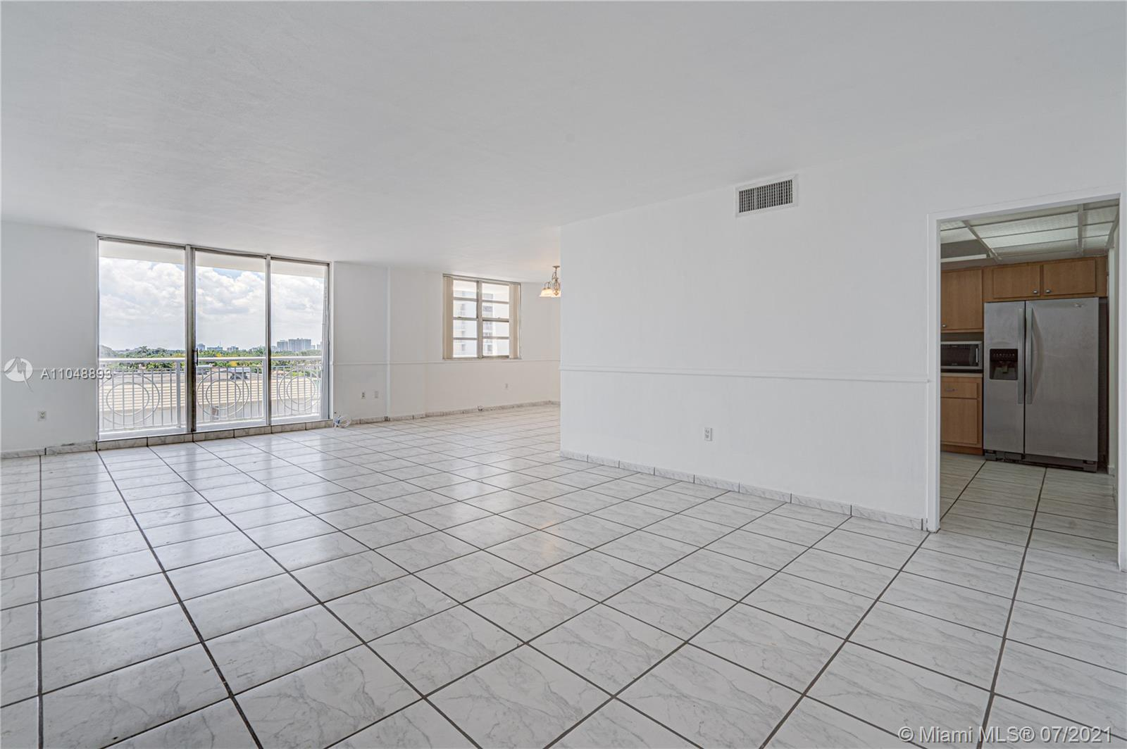 5825 Collins Ave #6A photo019