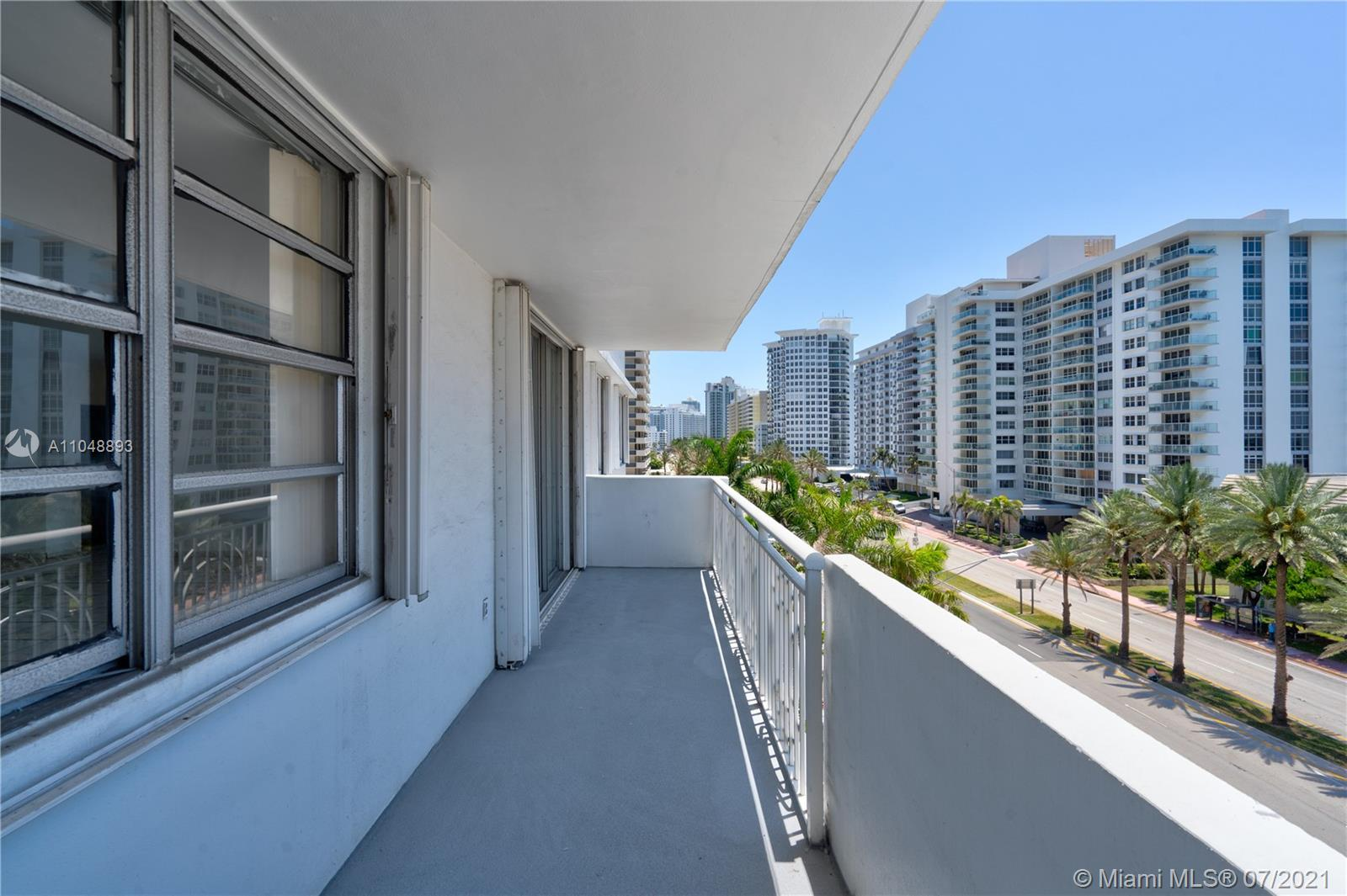 5825 Collins Ave #6A photo044