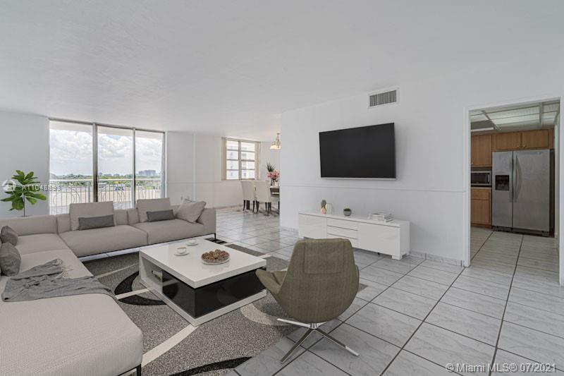 5825 Collins Ave #6A photo04