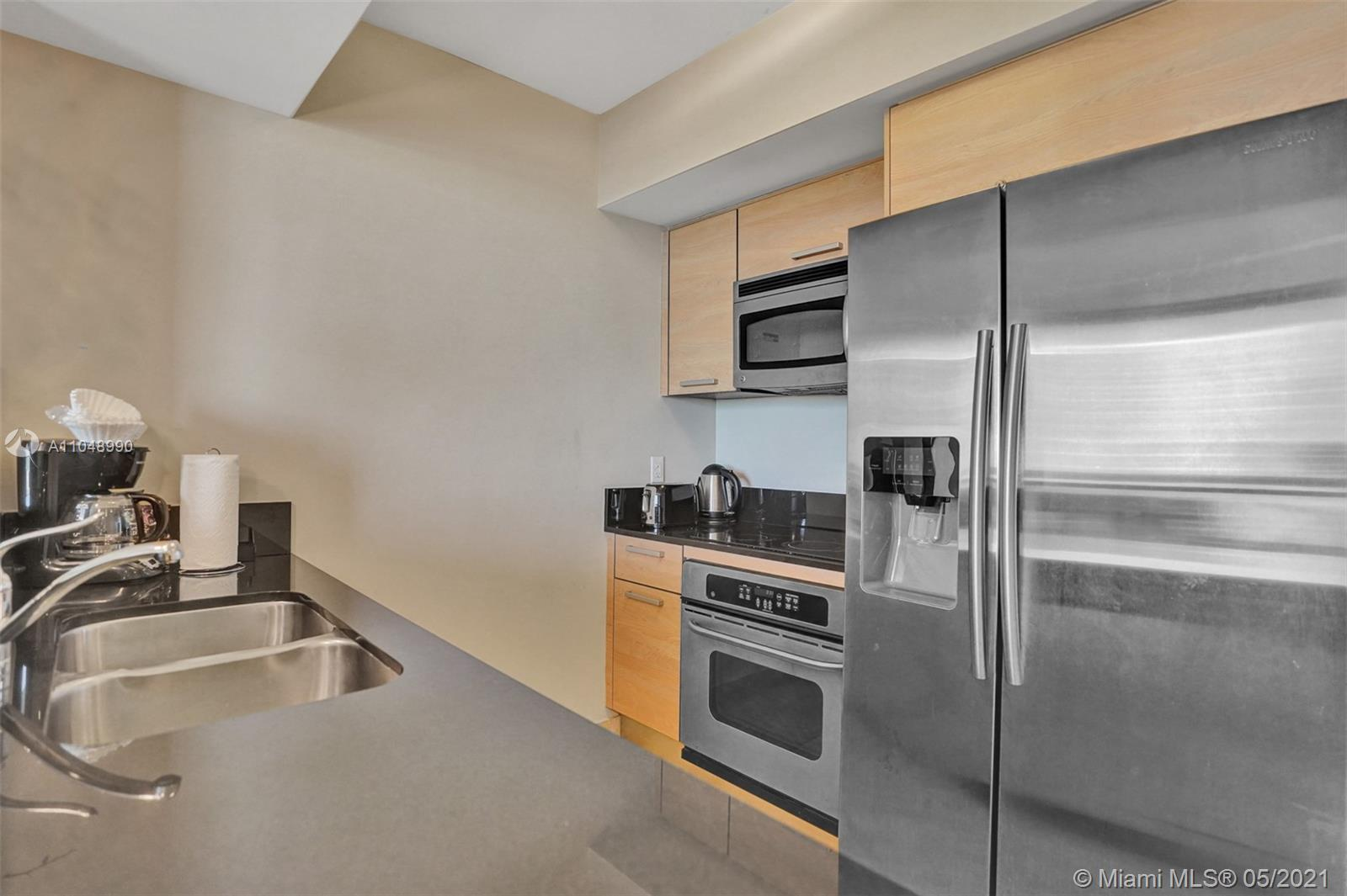 18683 Collins Ave #1406 photo09