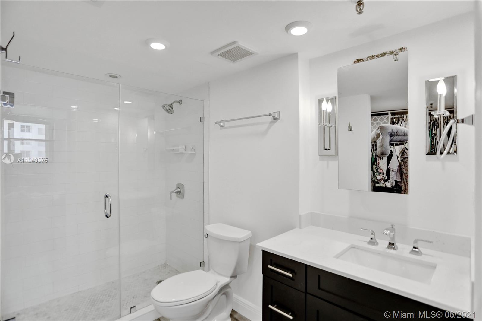 1623 Collins Ave #816 photo016
