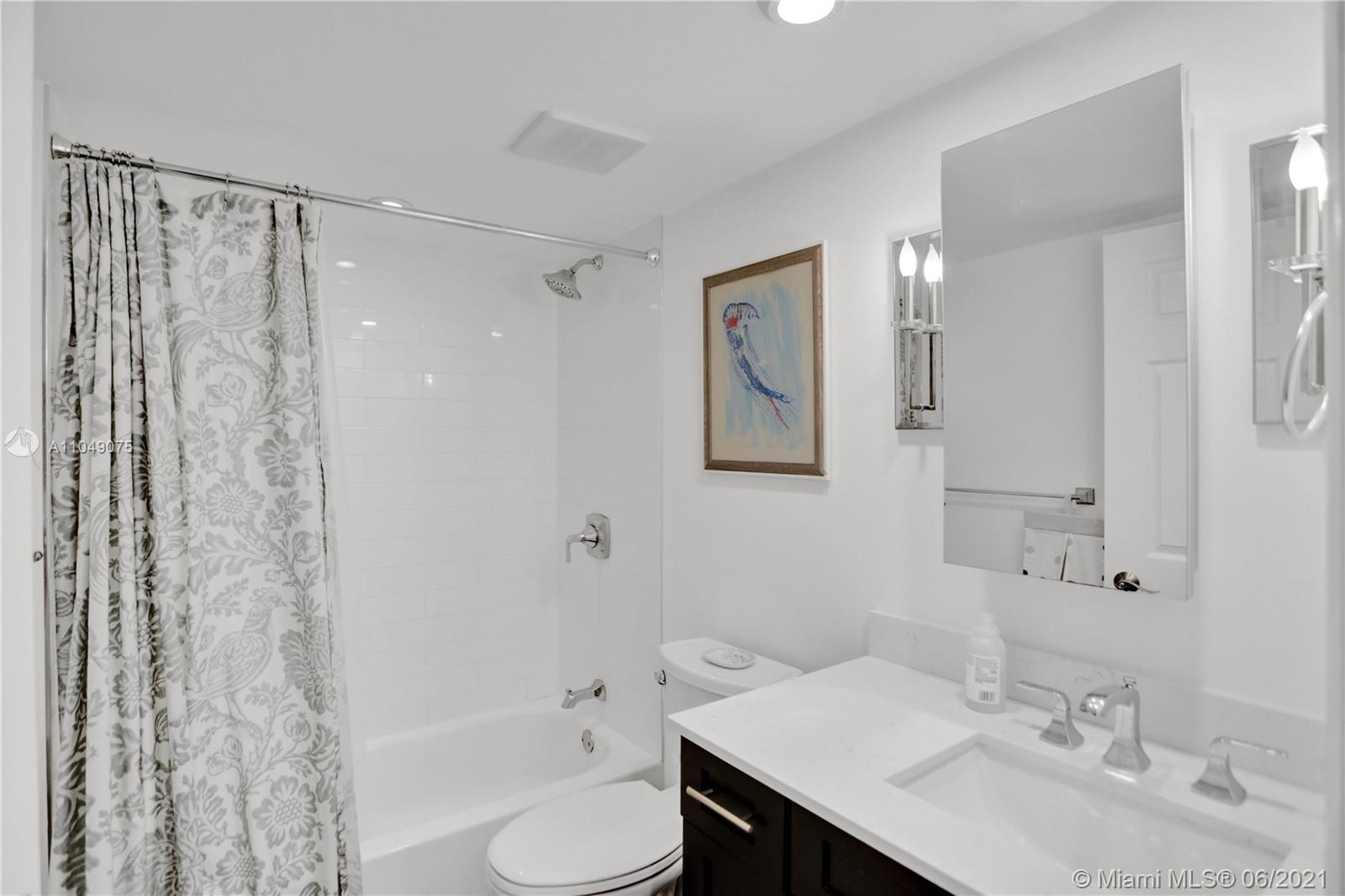 1623 Collins Ave #816 photo020