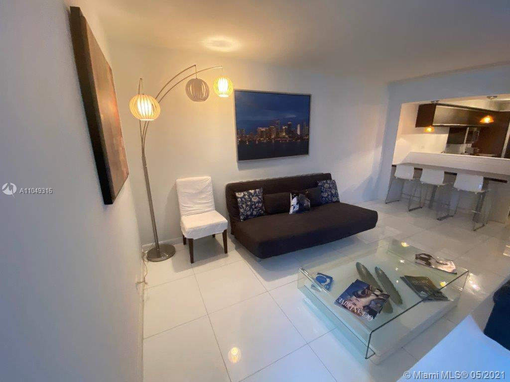 2301 Collins Ave #1023 photo04