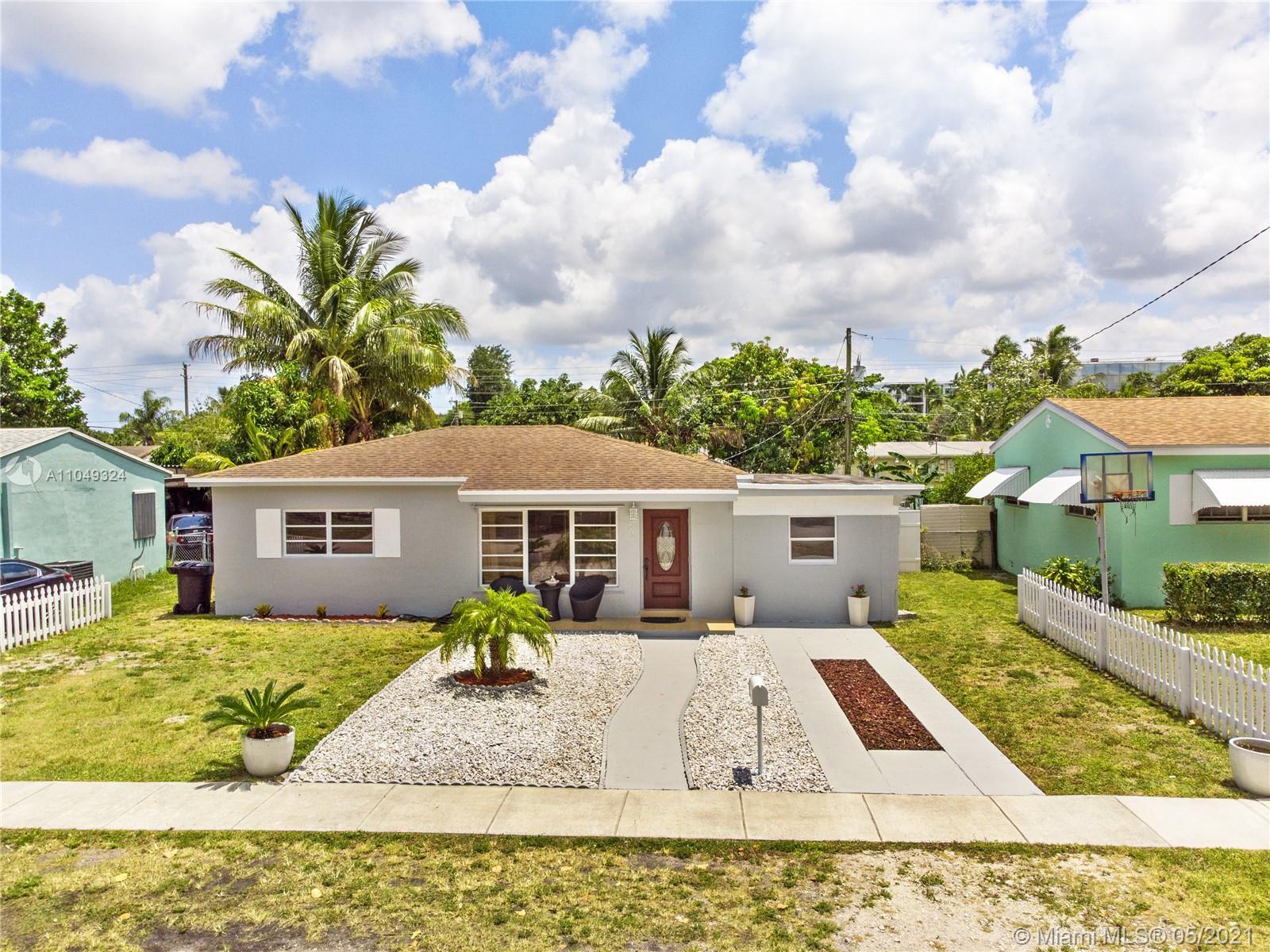 North Miami Beach - 250 NE 170th St, North Miami Beach, FL 33162