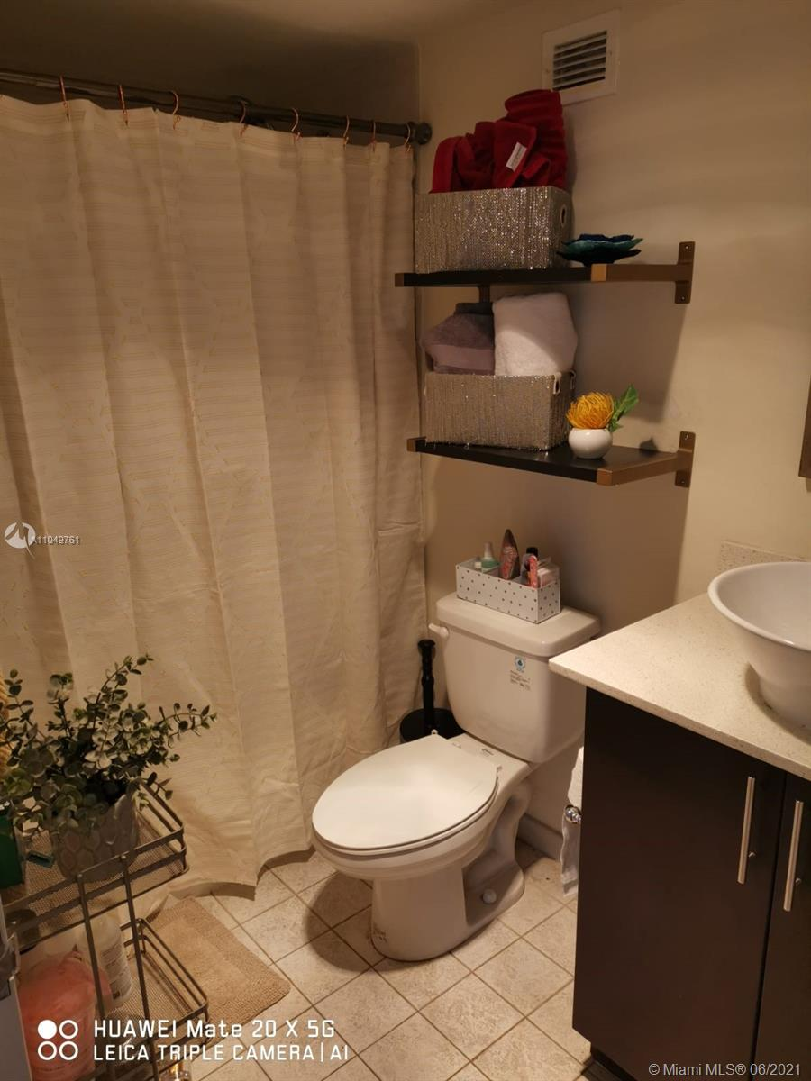 9195 Collins Ave #411 photo020