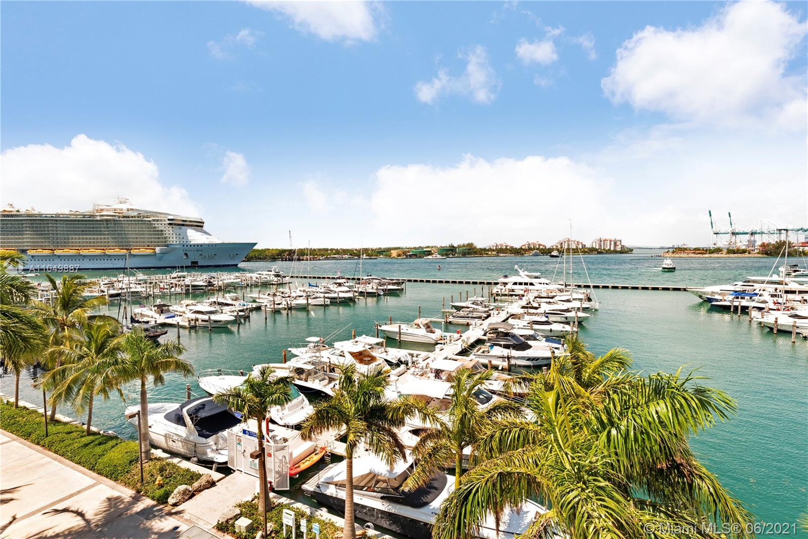 Yacht Club #FL-8 - 90 Alton Rd #FL-8, Miami Beach, FL 33139