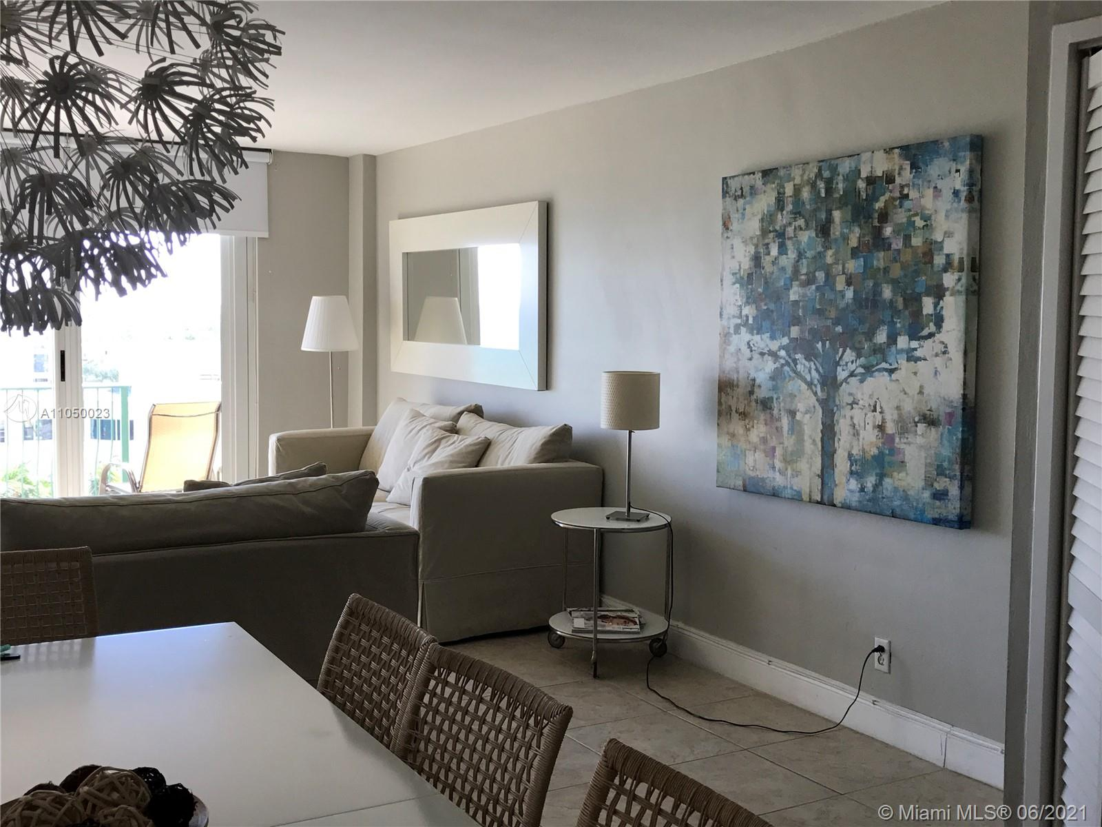 9195 Collins Ave #804 photo07