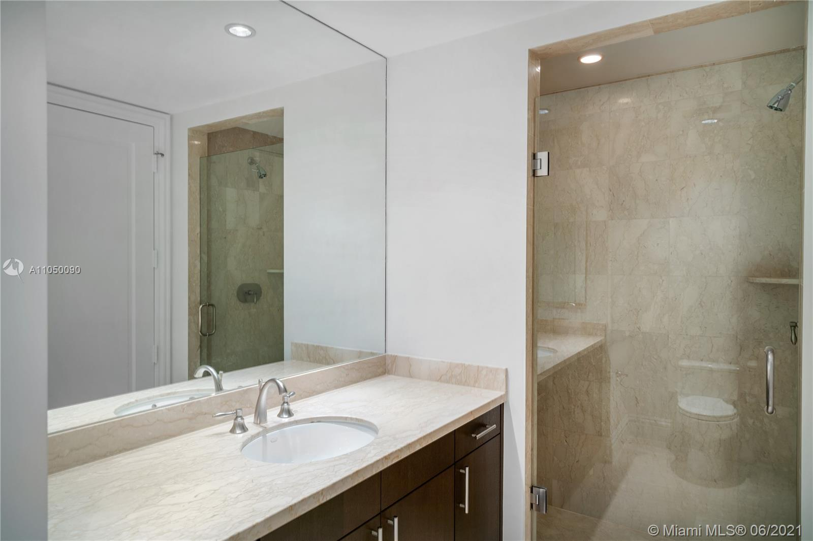 10295 Collins Ave #2404 photo016