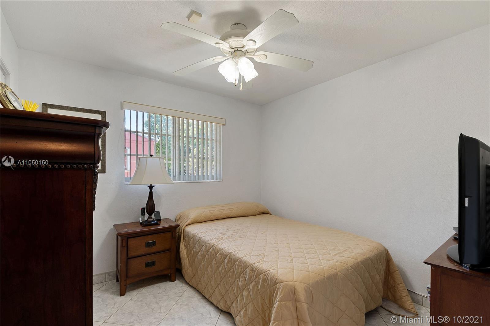 3411 SW 73rd Avenue Rd photo014