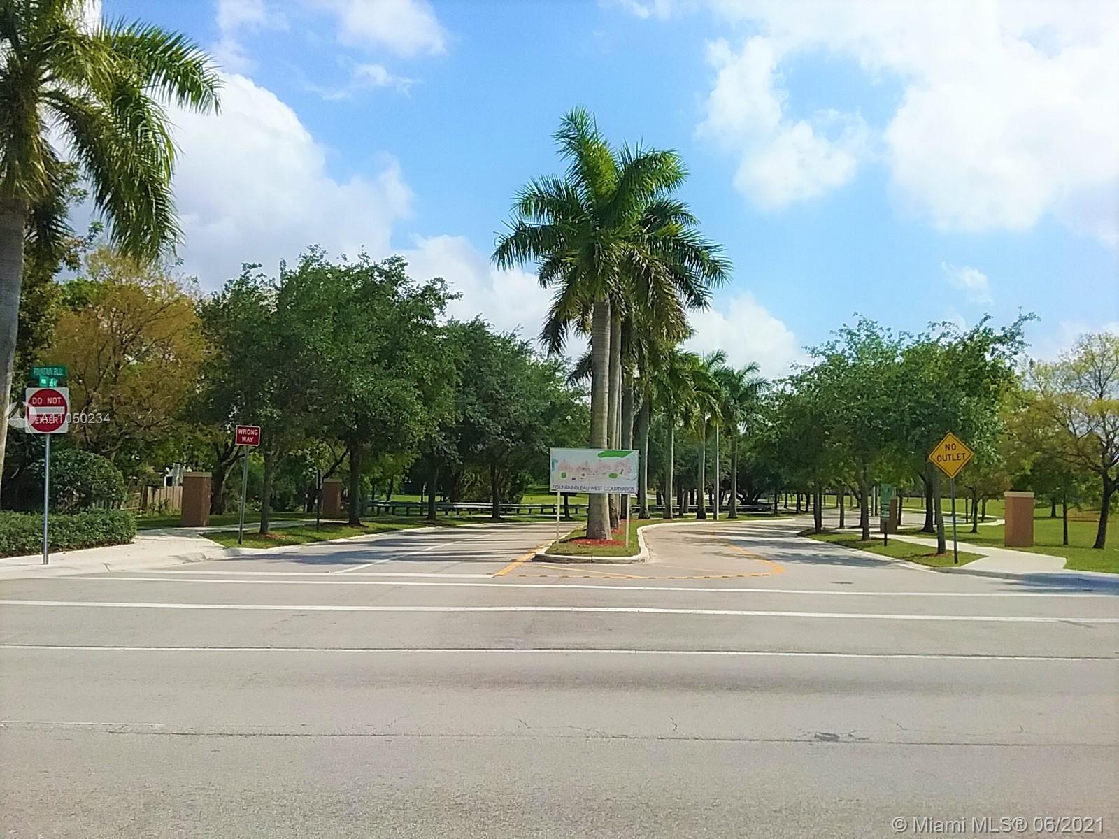 Las Ramblas #207 - 10022 NW 7th St #207, Miami, FL 33172