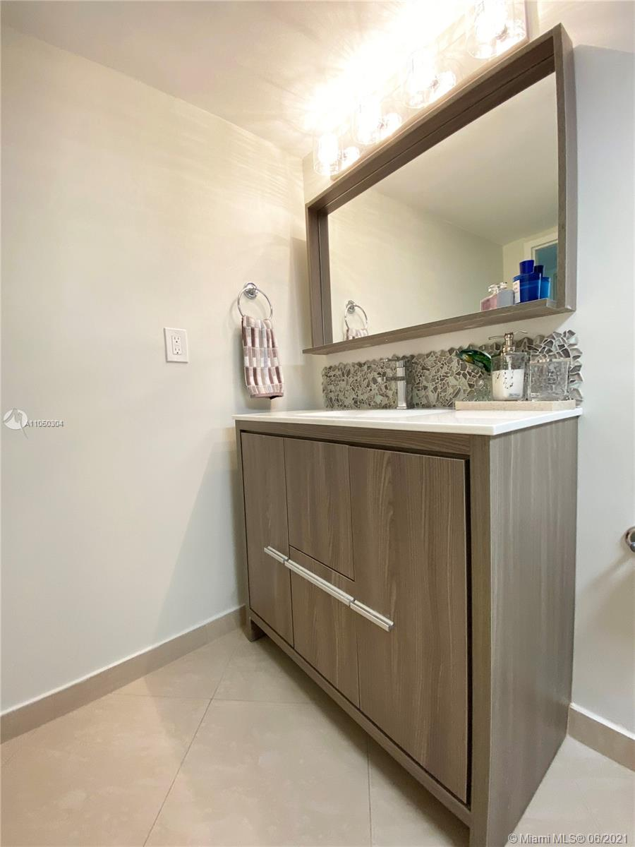 2655 Collins Ave #1201 photo029