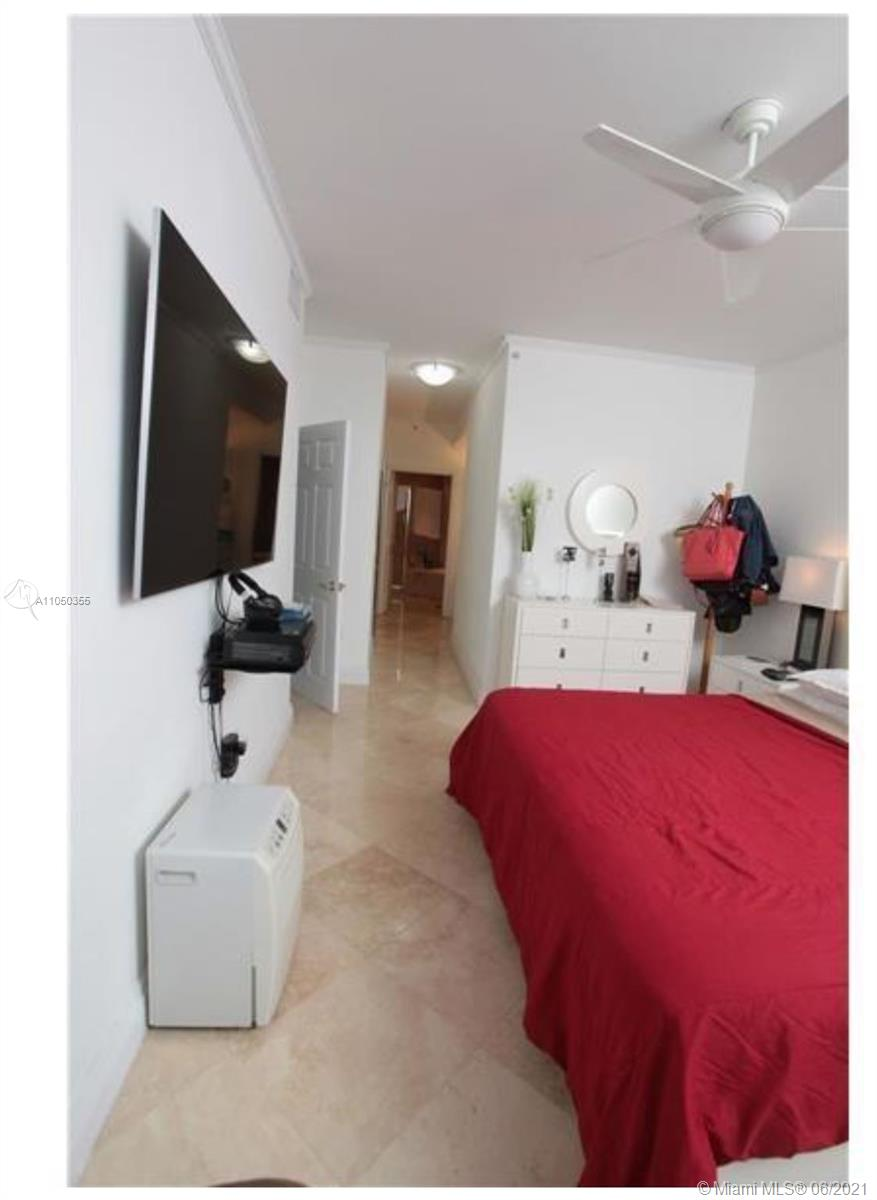 6301 Collins Ave #TS7 photo010
