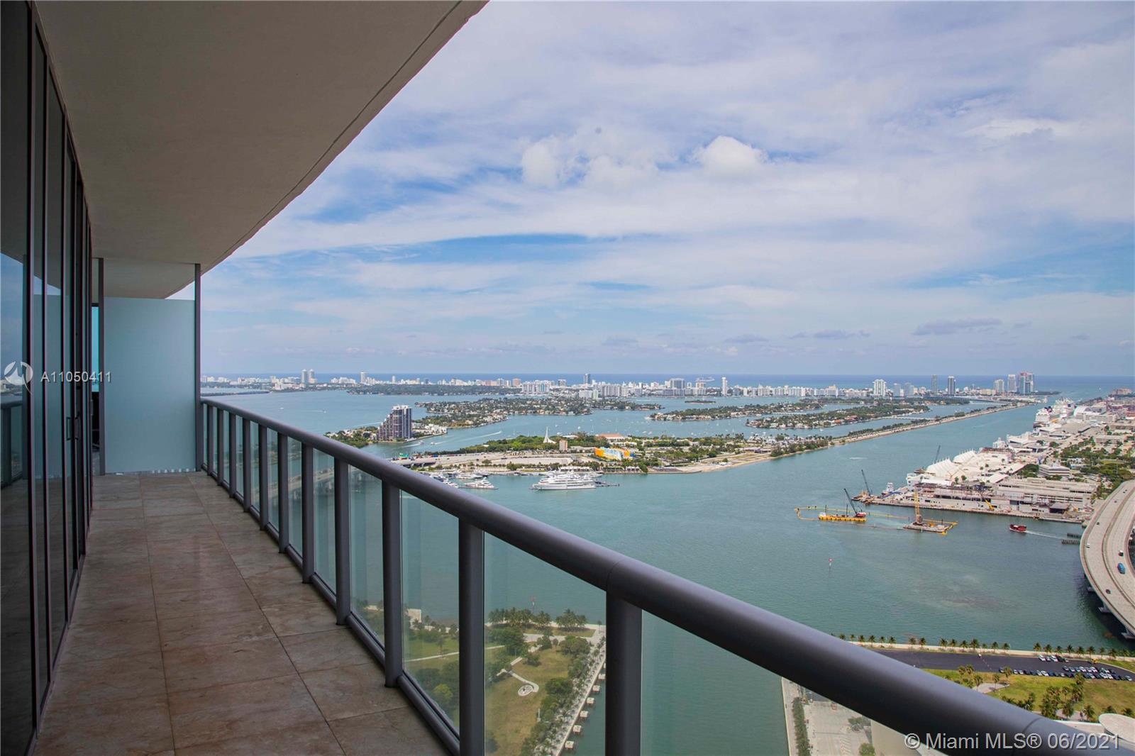 Marina Blue #5207 - 888 Biscayne Blvd #5207, Miami, FL 33132