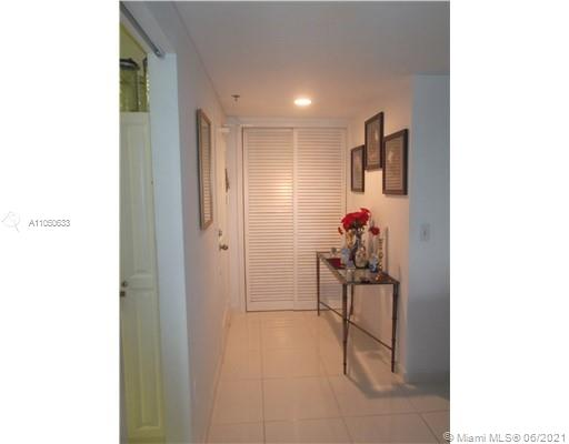 10185 Collins Ave #919 photo018