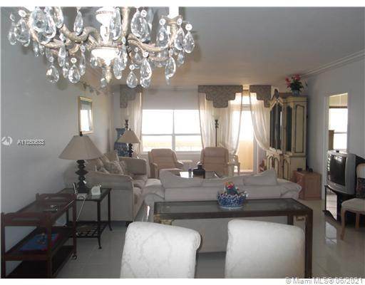 10185 Collins Ave #919 photo011