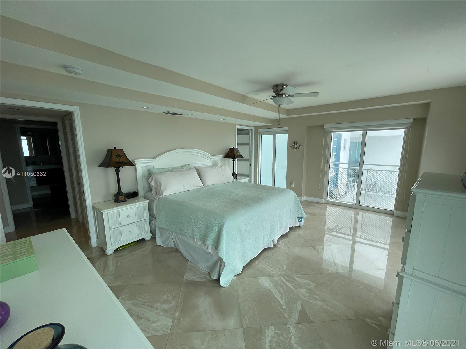 7600 Collins Ave #1003 photo023