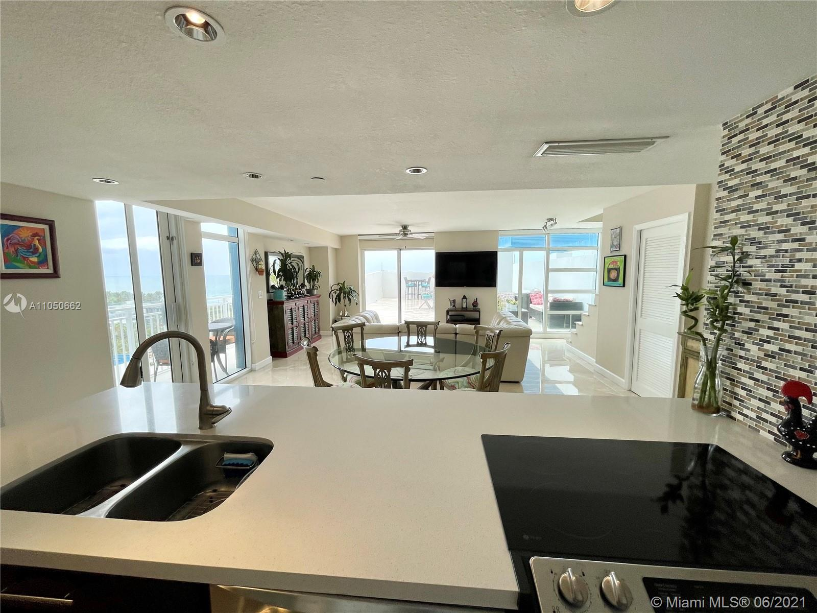 7600 Collins Ave #1003 photo015