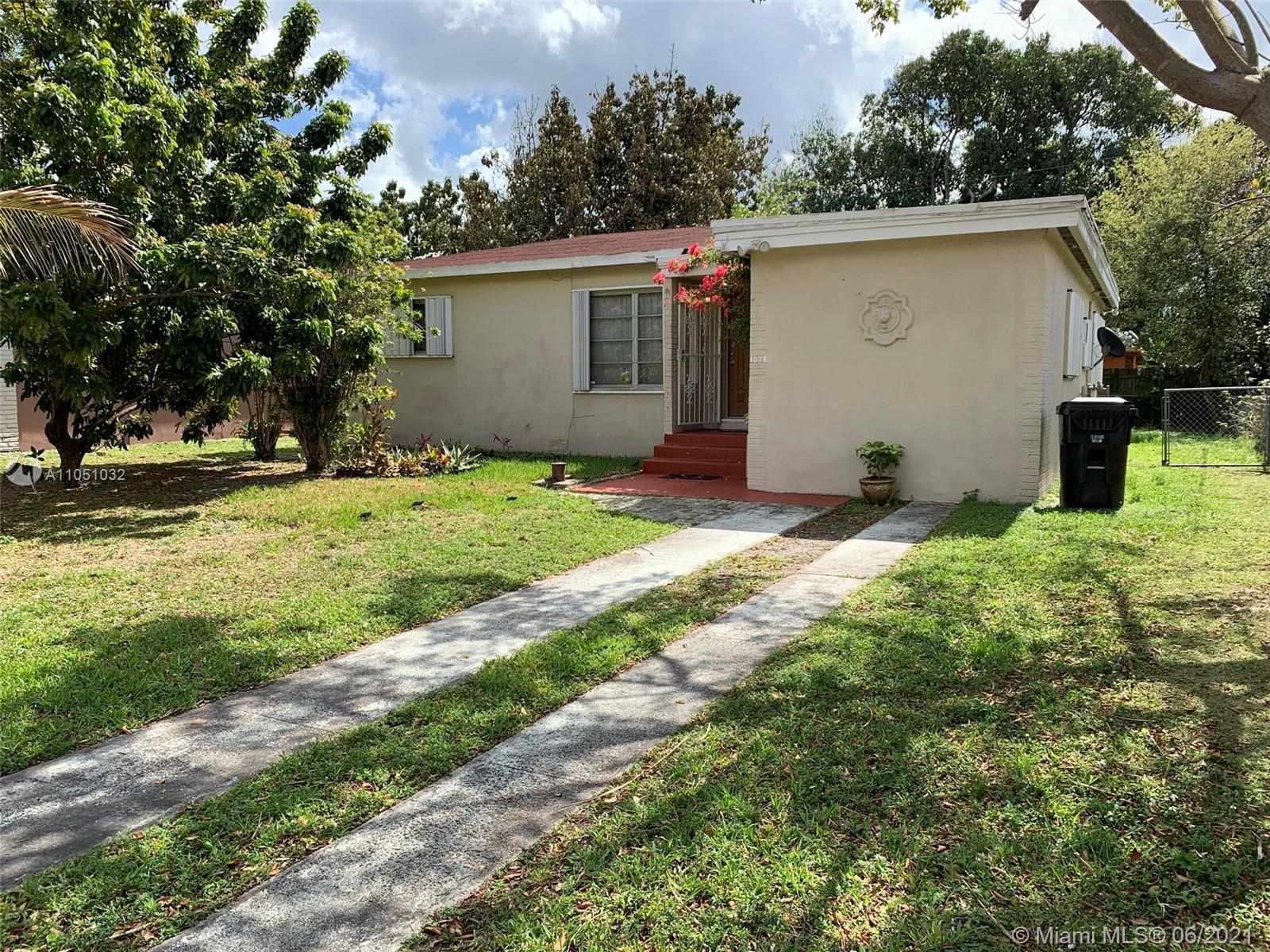 North Miami Beach - 1078 NE 157th Ter, North Miami Beach, FL 33162