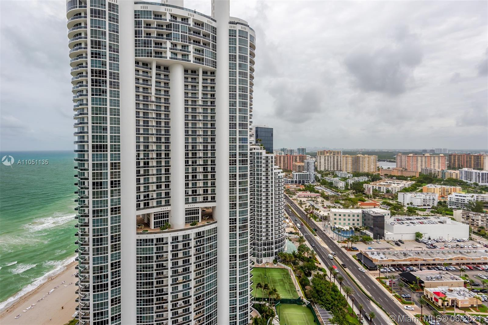18201 Collins Ave #4001A photo05