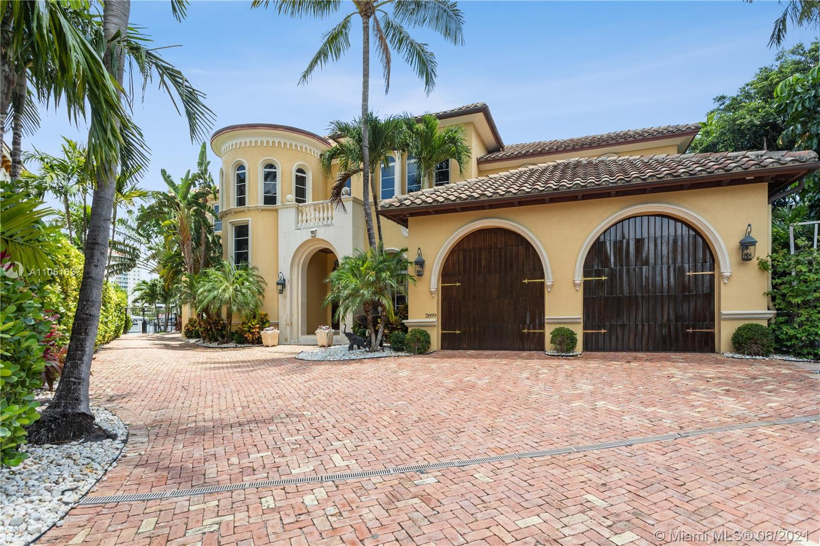 Property for sale at 2899 NE 27th St, Fort Lauderdale,  Florida 33306