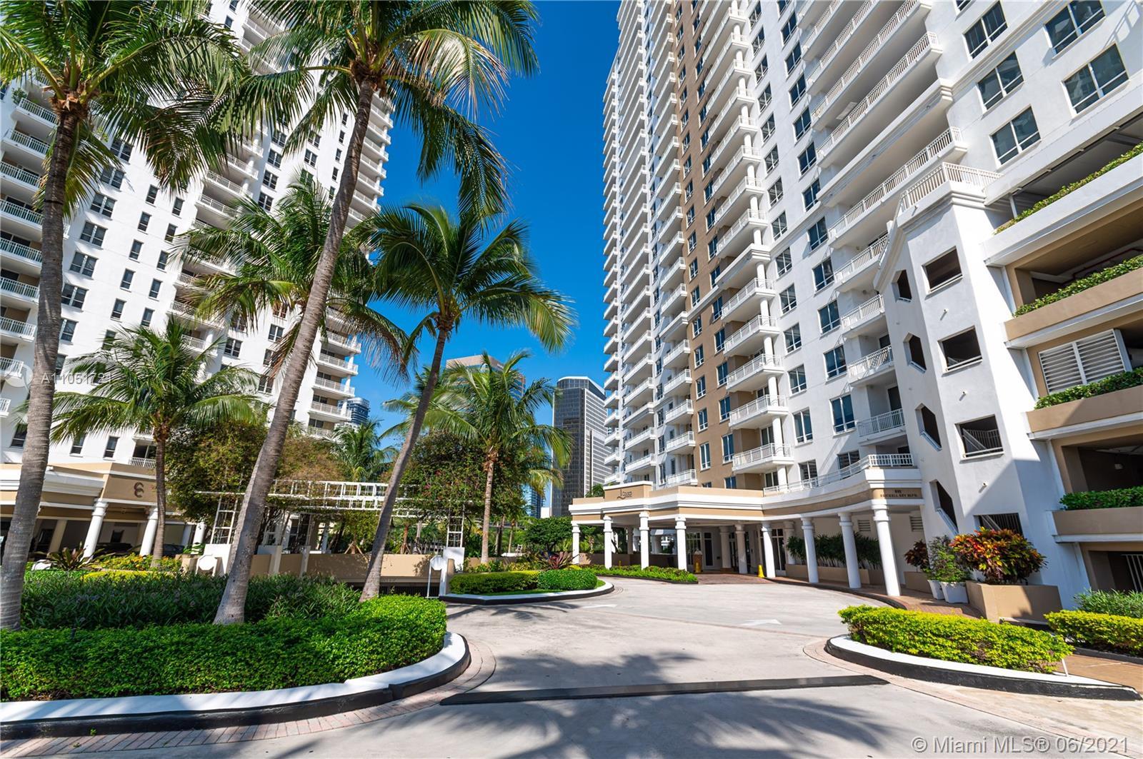 Courts Brickell Key #1805 - 801 Brickell Key Blvd #1805, Miami, FL 33131