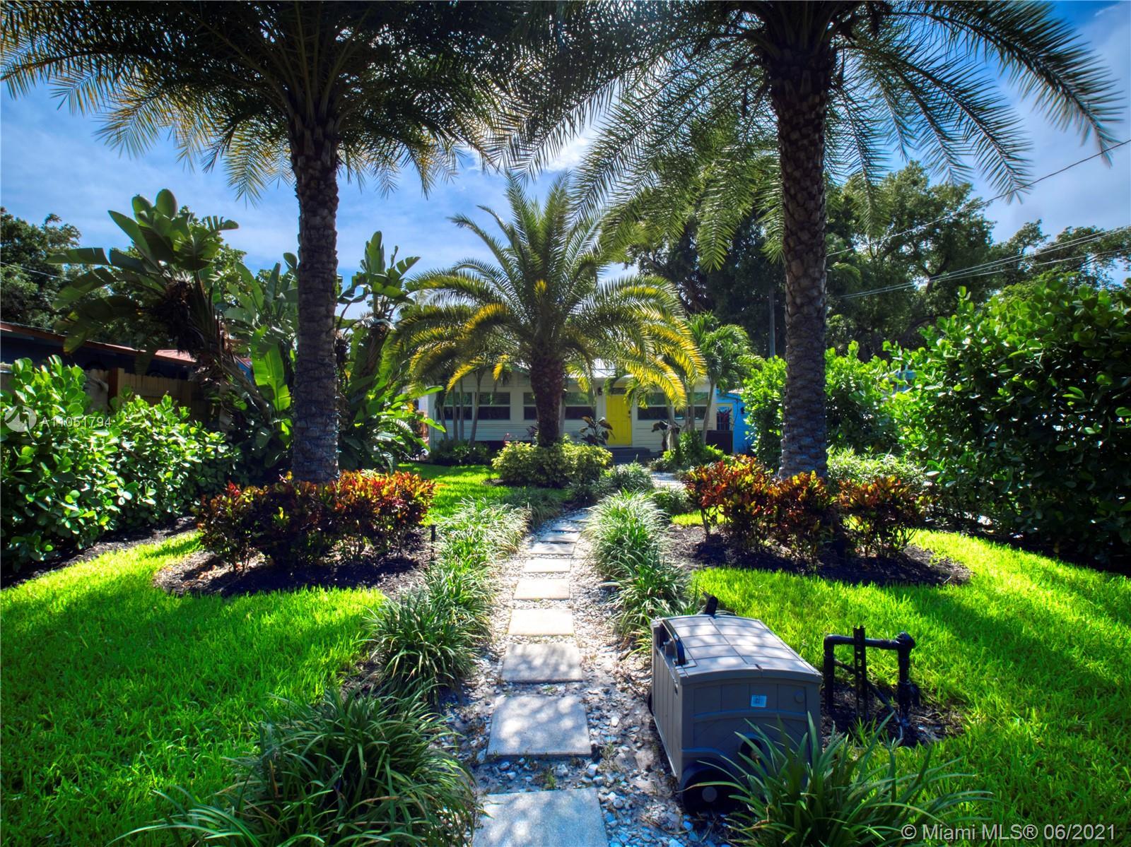 327 Lauderdale Trl photo024