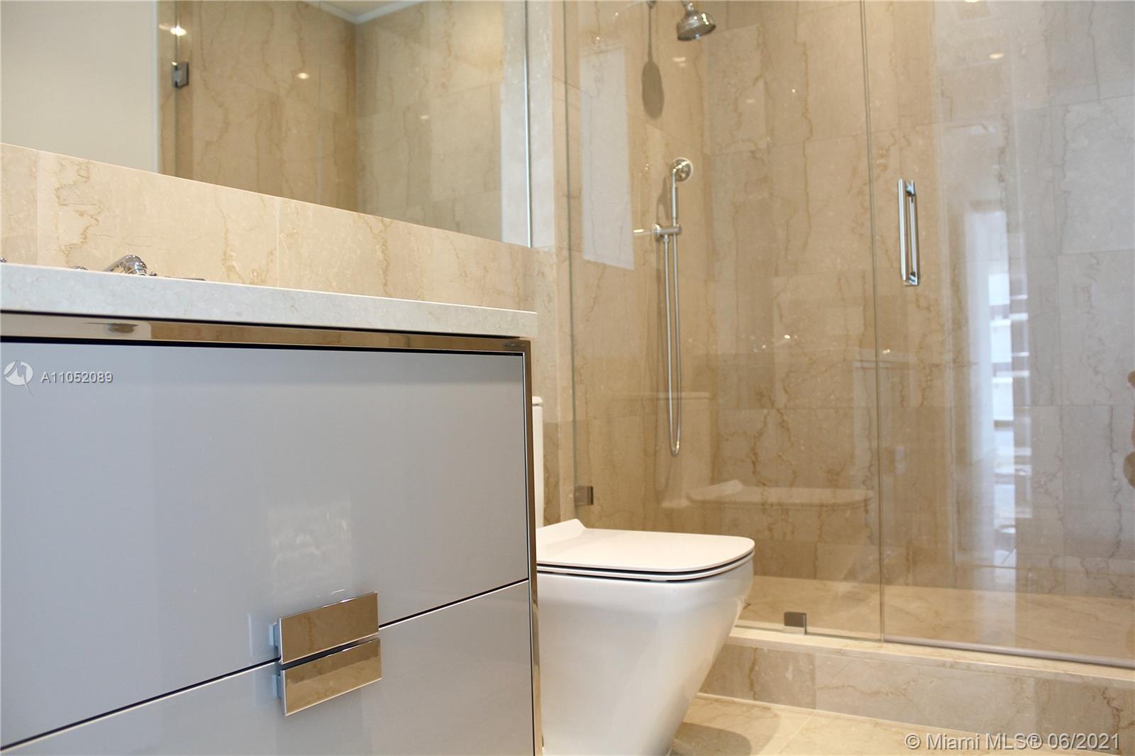 Ritz Carlton Residences #1001 - 08 - photo