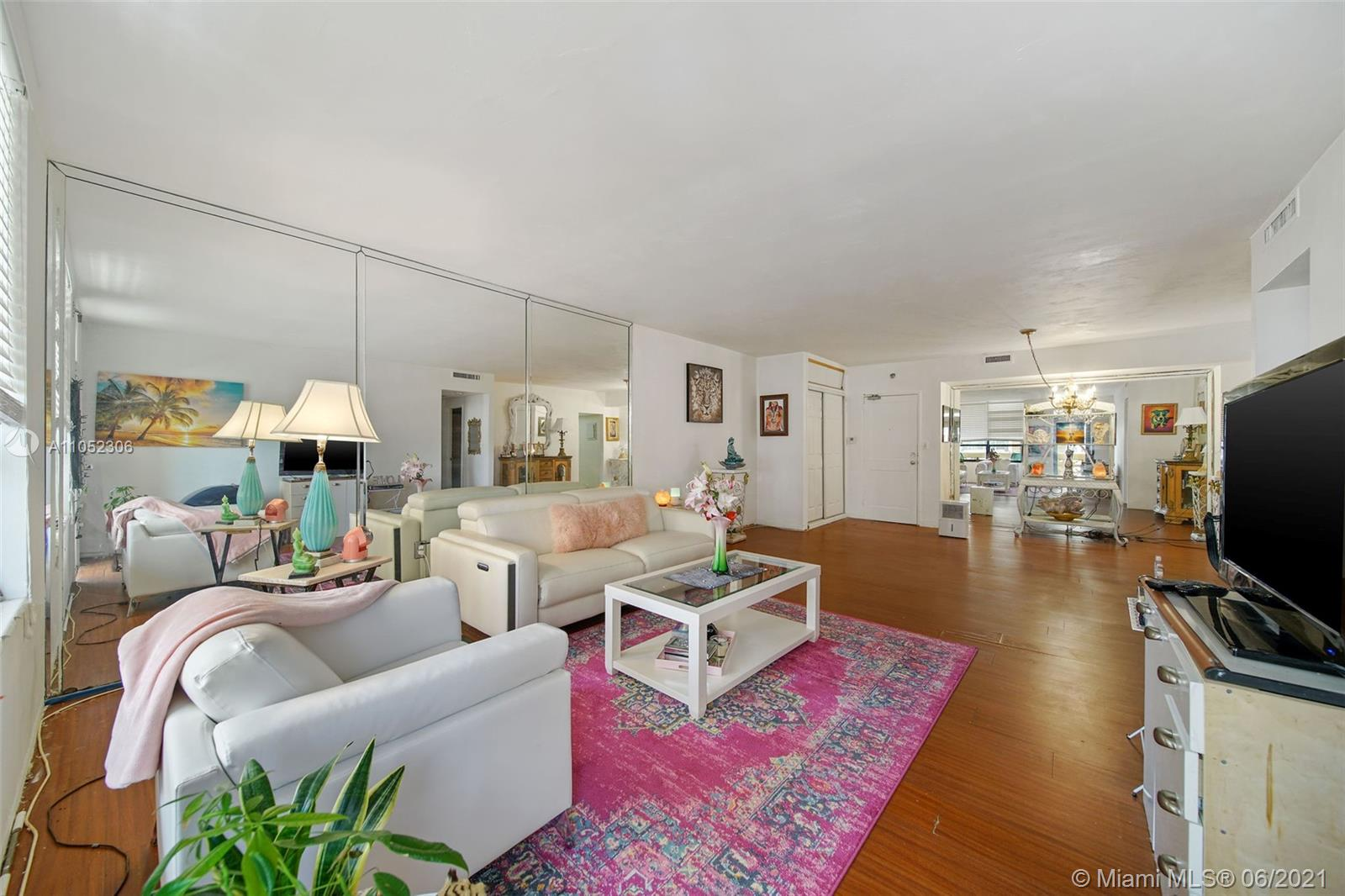 10185 Collins Ave #610 photo013