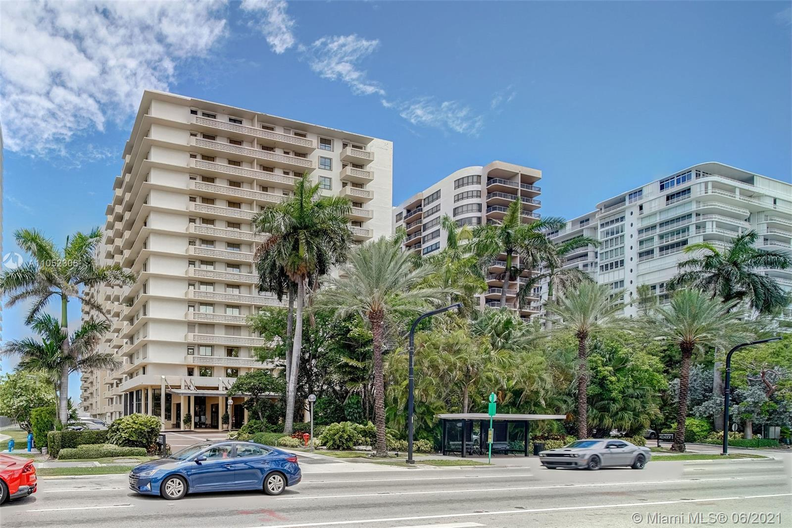 10185 Collins Ave #610 photo032