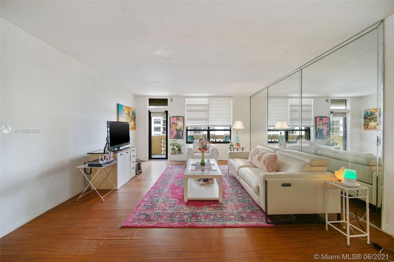 10185 Collins Ave #610 photo015