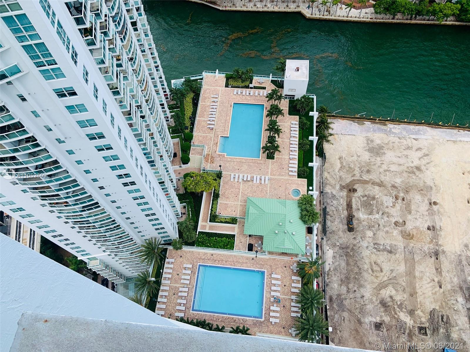 Brickell on the River #2205 - 06 - photo