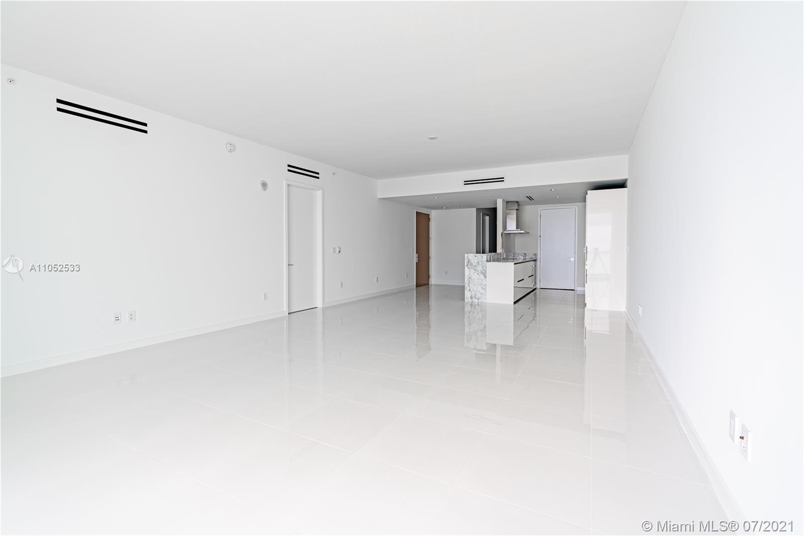10203 Collins Ave #903 photo012