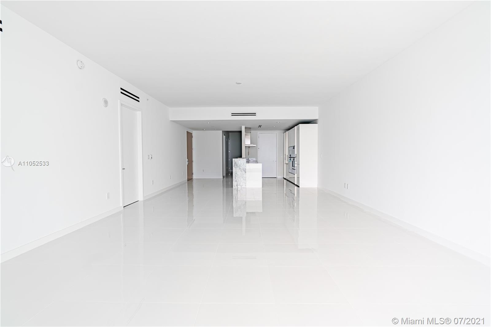 10203 Collins Ave #903 photo011