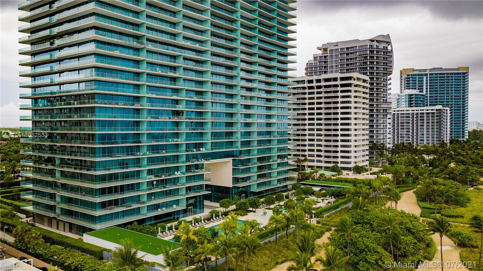 10203 Collins Ave #903 photo040