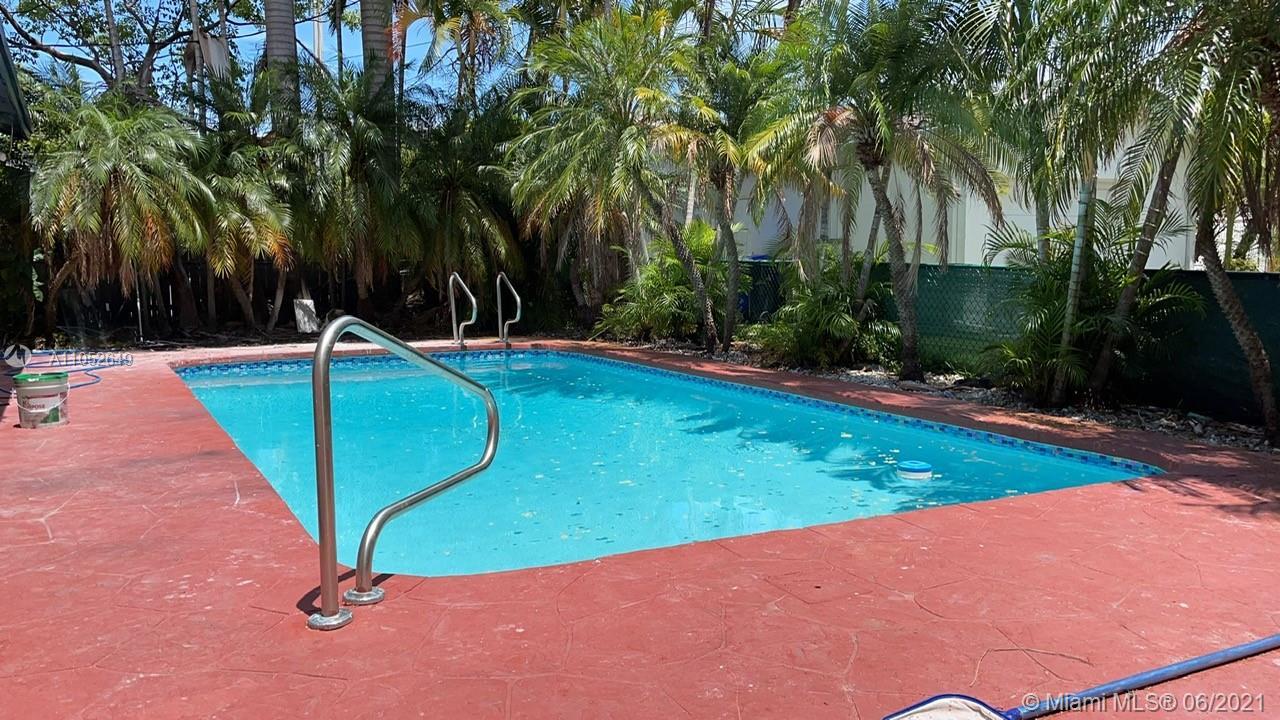 Country Club - 1244 Garfield St, Hollywood, FL 33019
