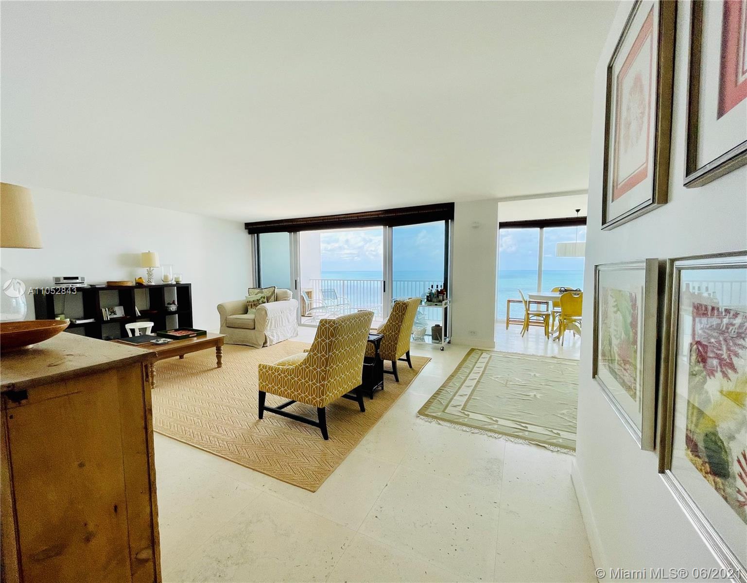 Casa del Mar #17B - 881 Ocean Dr #17B, Key Biscayne, FL 33149