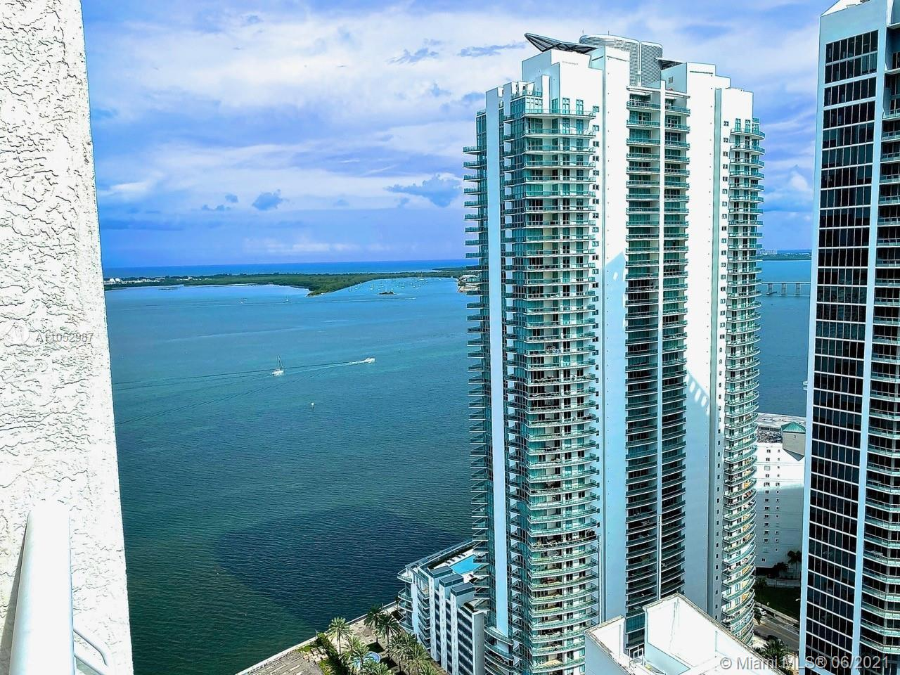 Club at Brickell #4215 - 1200 Brickell Bay Dr #4215, Miami, FL 33131