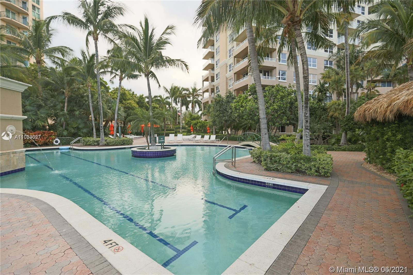 Turnberry on the Green #2006 - 19501 W Country Club Dr #2006, Aventura, FL 33180
