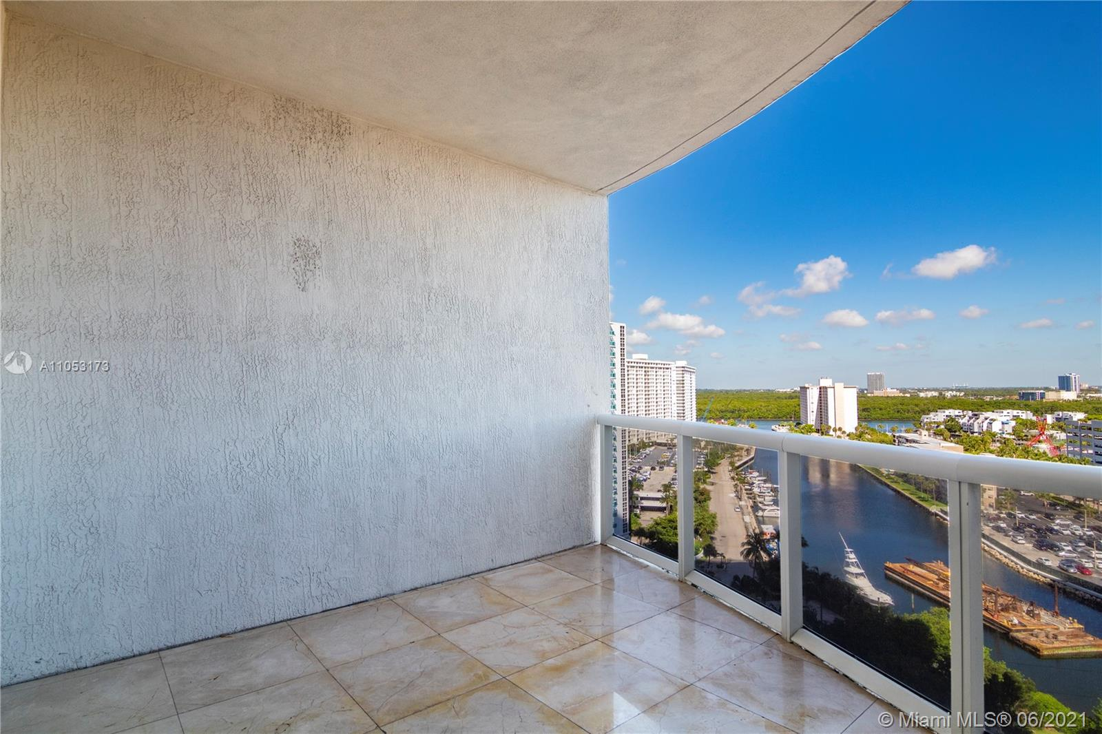 15811 Collins Ave #1206 photo022