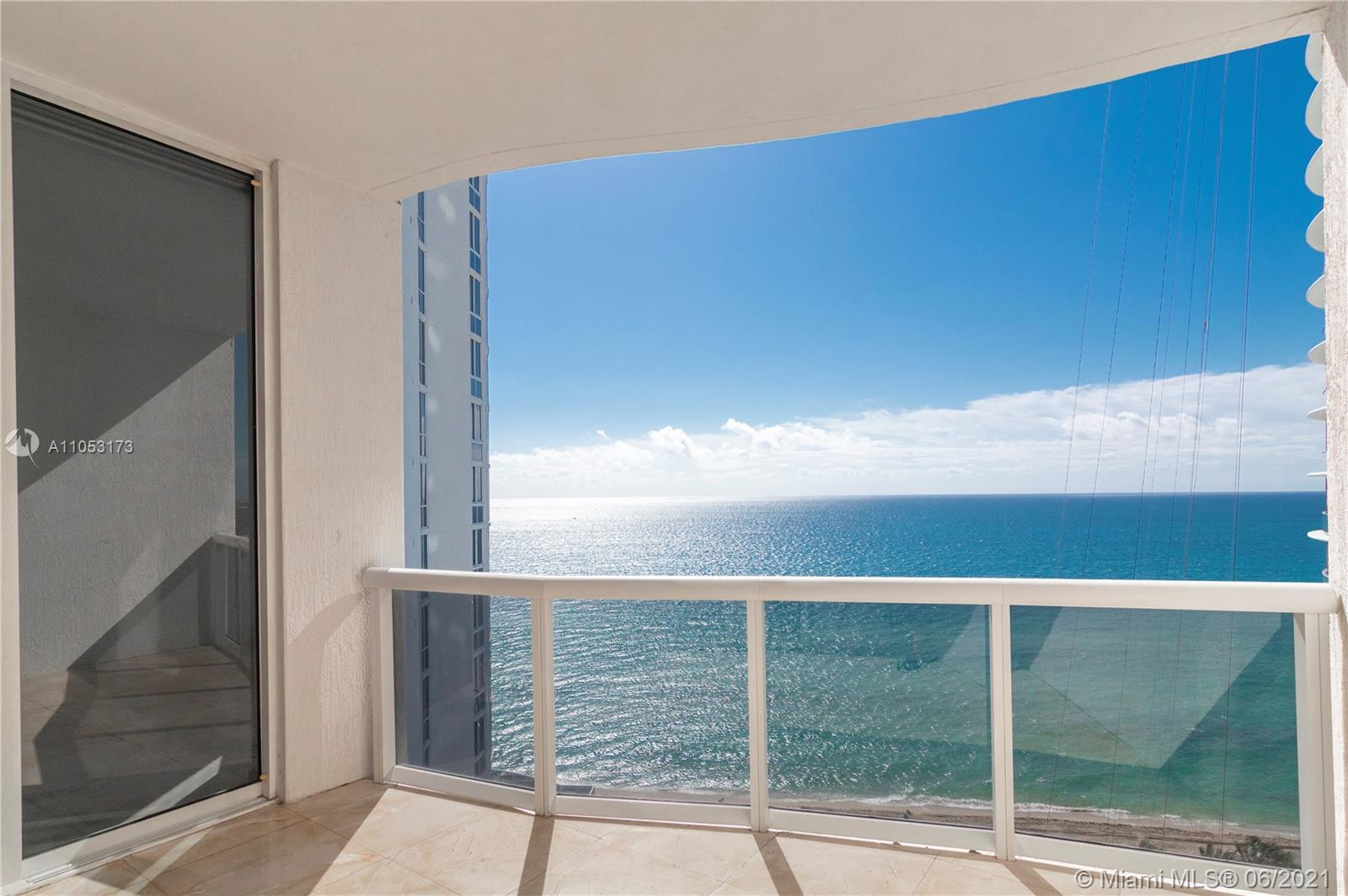 15811 Collins Ave #1206 photo09