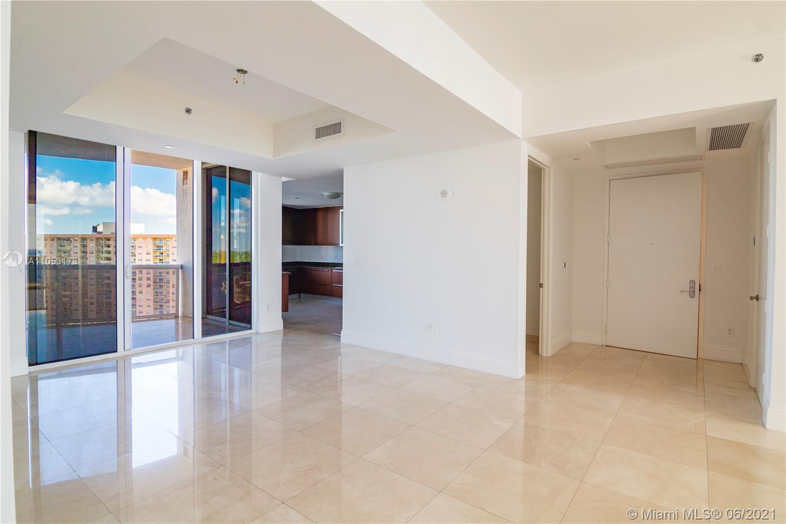 15811 Collins Ave #1206 photo08